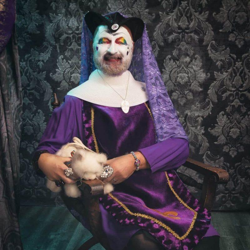 Sister Flambeé la Reine